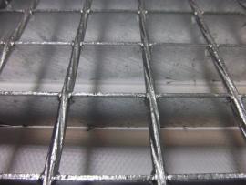 detail podlahového roštu SP